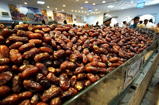 تجارت غیرحرفه ای ها بازار صادرات خرما را تهدید می کند