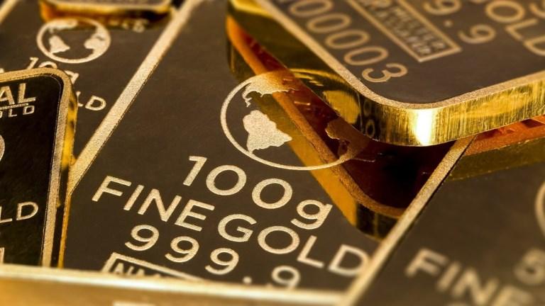 روسیه با برداشتن مالیات بر خرید طلا، دلار را کنار میگذارد
