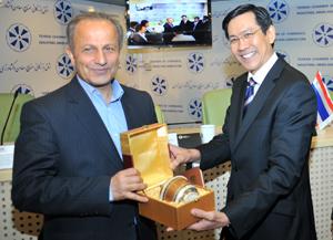 بازرگانان ایرانی و تایلندی سر میز مذاکره نشستند