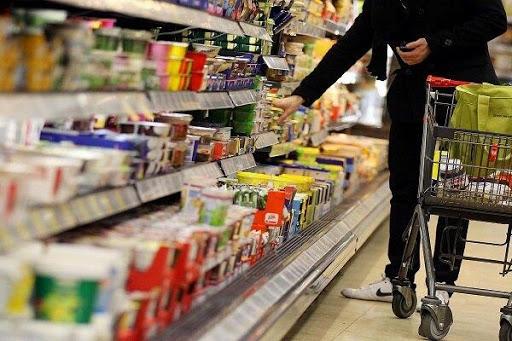 کدام اقلام خوراکی از حد بحرانی قیمت عبور کرده اند؟