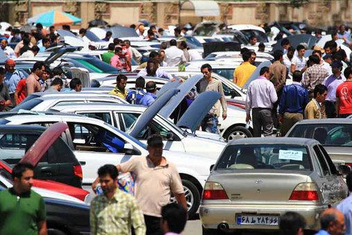ریزش ۵۰ درصدی تقاضای خودرو در ۱۵ روز اخیر