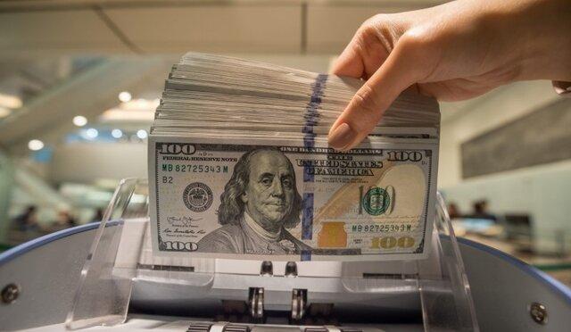 دلار 4200 تومانی به اقشار آسیب پذیر نمی رسد